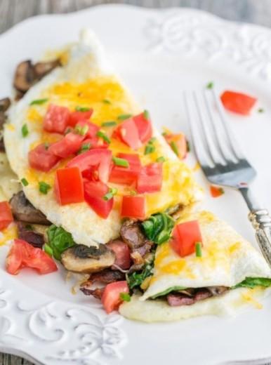 Spinach Mushroom Tomato Egg White Omelette